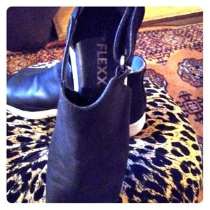Fashion ankle boots size 7.5